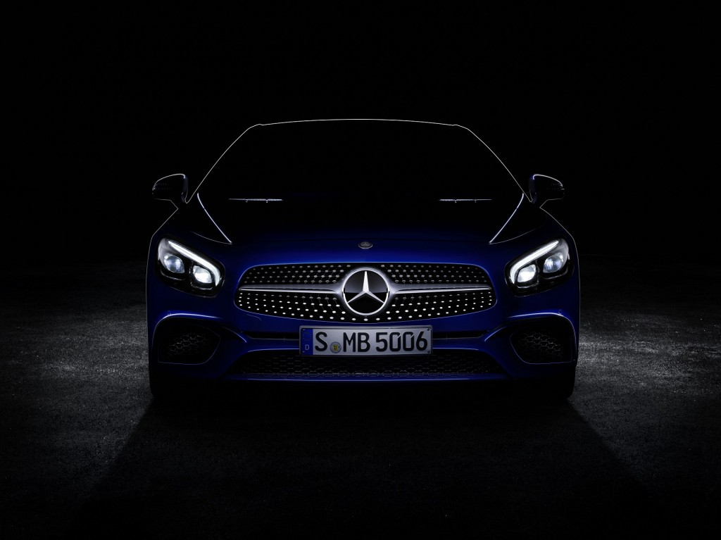 Teaser for 2017 Mercedes-Benz SL debuting at 2015 Los Angeles Auto Show
