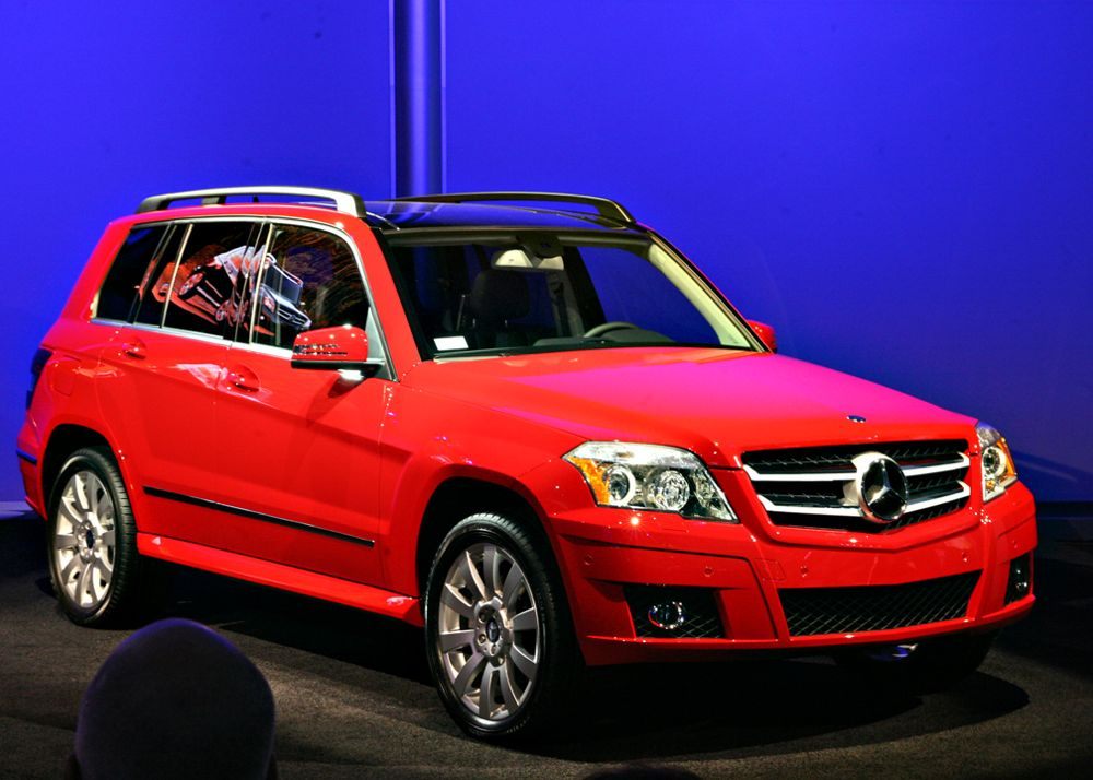 Daimler announces 2010 glk pricing for Mercedes benz glk 2009 used