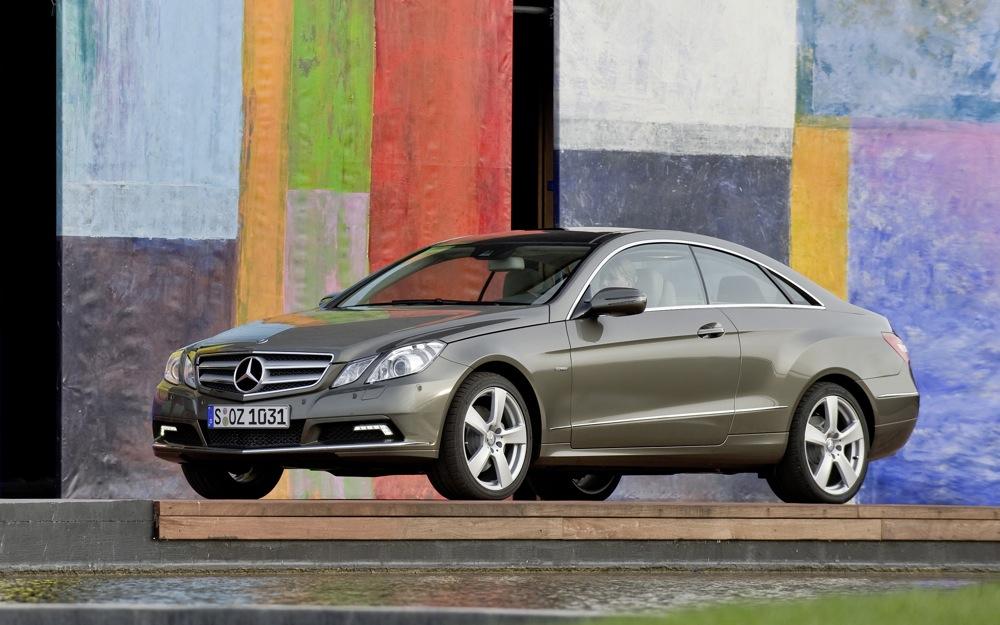 Mercedes benz recalls 85 000 vehicles for power steering leak for Mercedes benz c300 recalls
