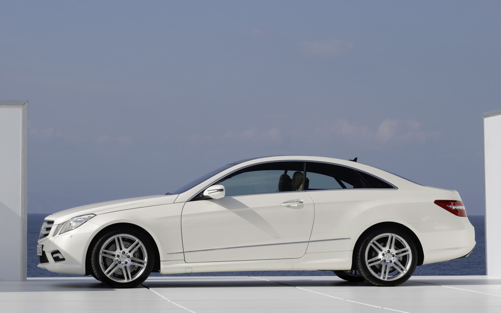 mercedes announces 2010 e class coupe engine lineup. Black Bedroom Furniture Sets. Home Design Ideas