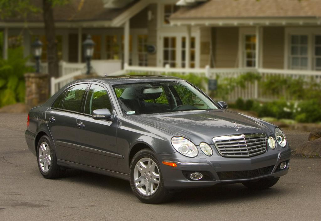 Image 2009 mercedes benz e class size 1024 x 704 type for Mercedes benz complaints procedure