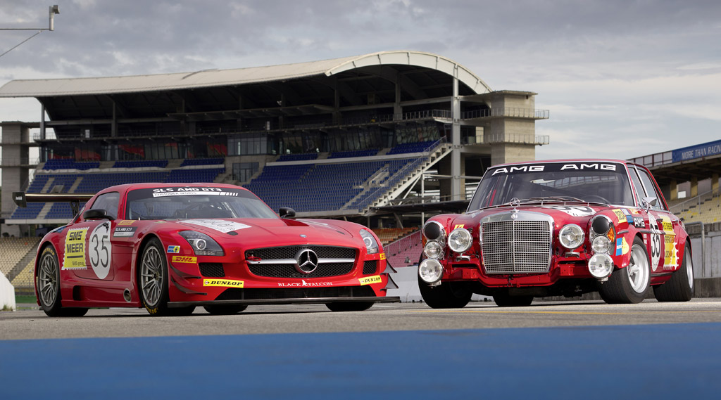 Image Kenneth And Hans Heyer And Their Mercedes Benz Race Cars Size 1024 X 569 Type Gif