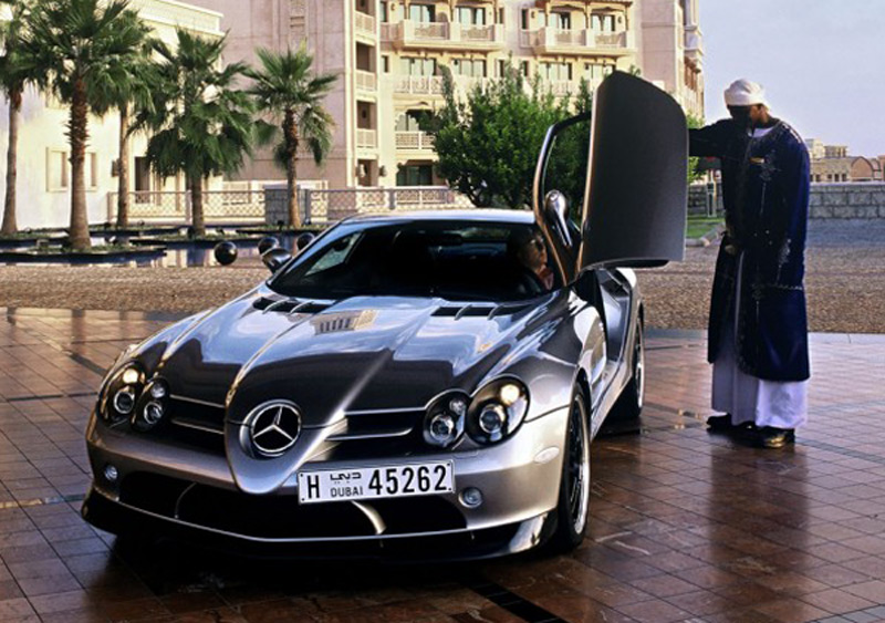 Mercedes benz offers sharia friendly financing in middle east for Mercedes benz financing offers