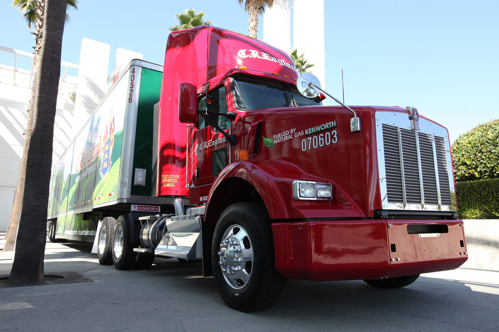 Natural Gas-powered Kenworth truck (Image: Flickr user TruckPR)