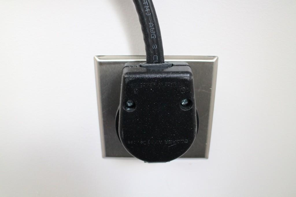 NEMA 6-50 plug in socket