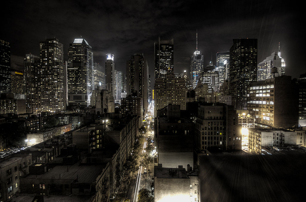 New York City traffic at night, by Flickr user paulobar