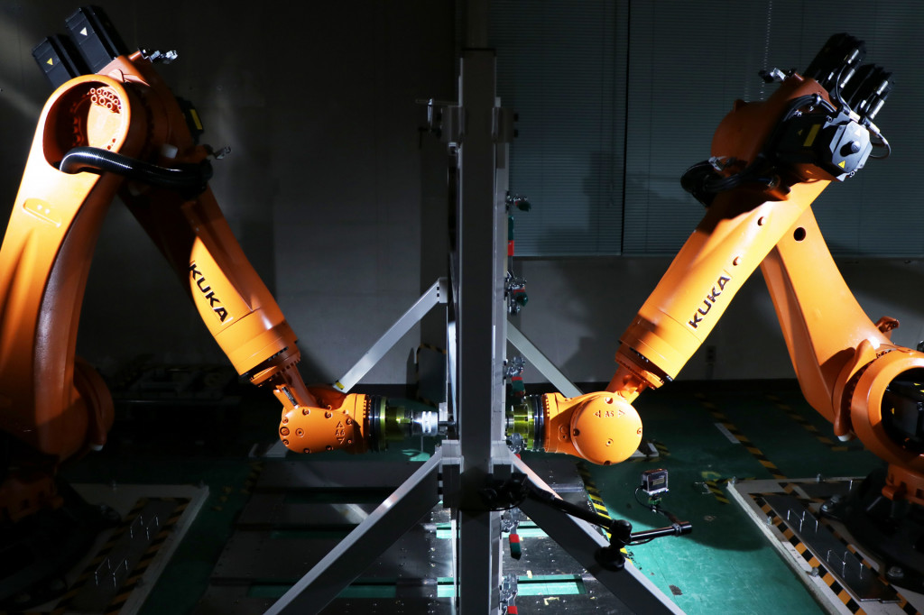 Nissan taught robots how to make discontinued parts for classic cars
