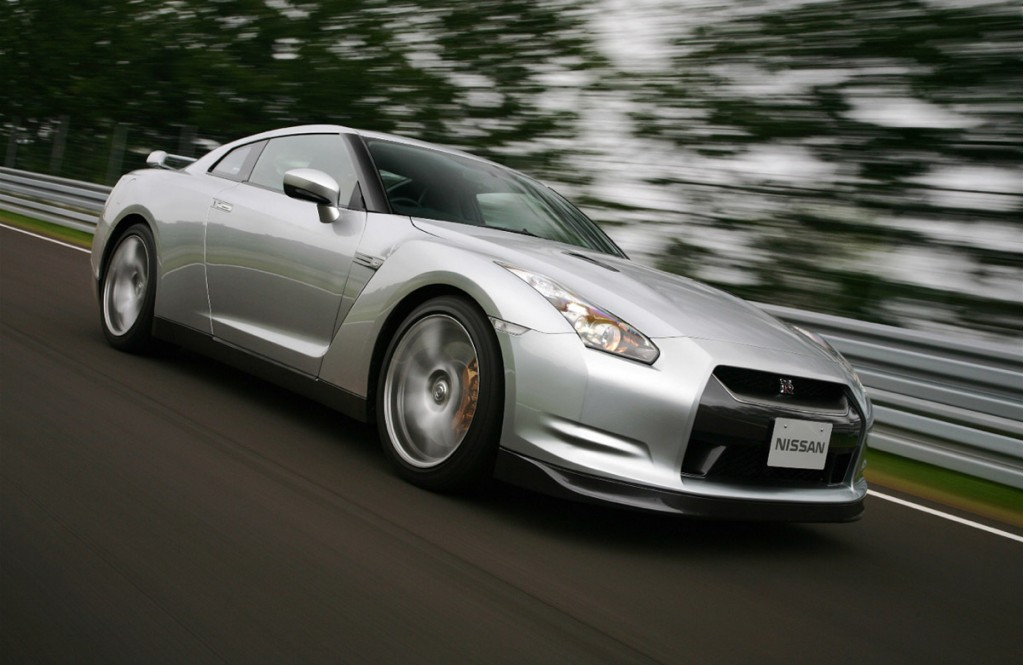 nissan gt r official1 motorauthority 003 1