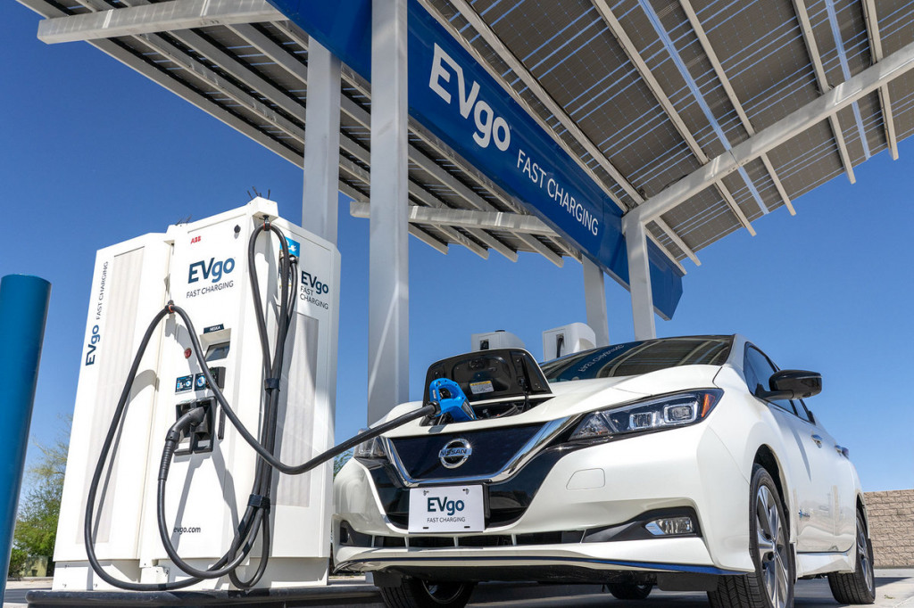 Nissan Leaf charging at EVgo fast charger in Baker, California
