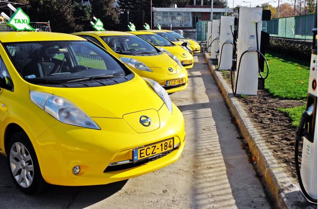 Nissan Leaf taxis