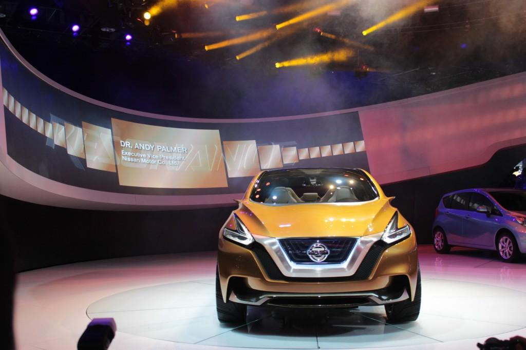 Nissan Resonance Concept live photos, 2013 Detroit Auto Show