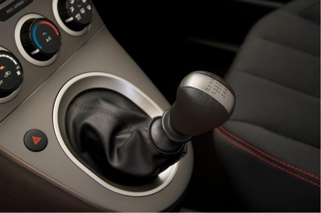 2009 Nissan SE-R Spec V
