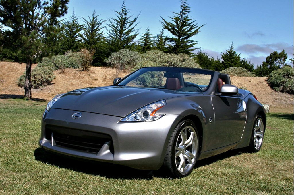 Compared 2010 Nissan 370z Roadster Vs Porsche Boxster Cayman