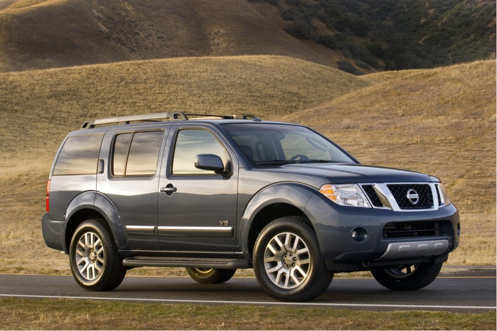 Four Nissan Toyota Suvs Offer Lackluster Rollover Protection