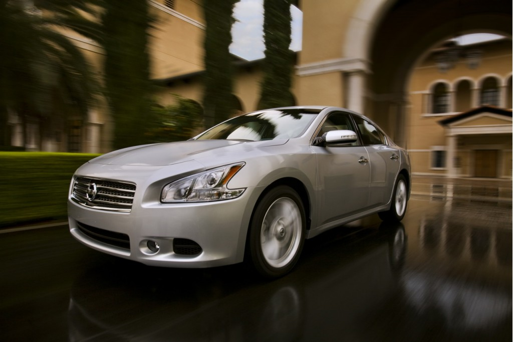 Nissan Offers Big Incentives - July 2010