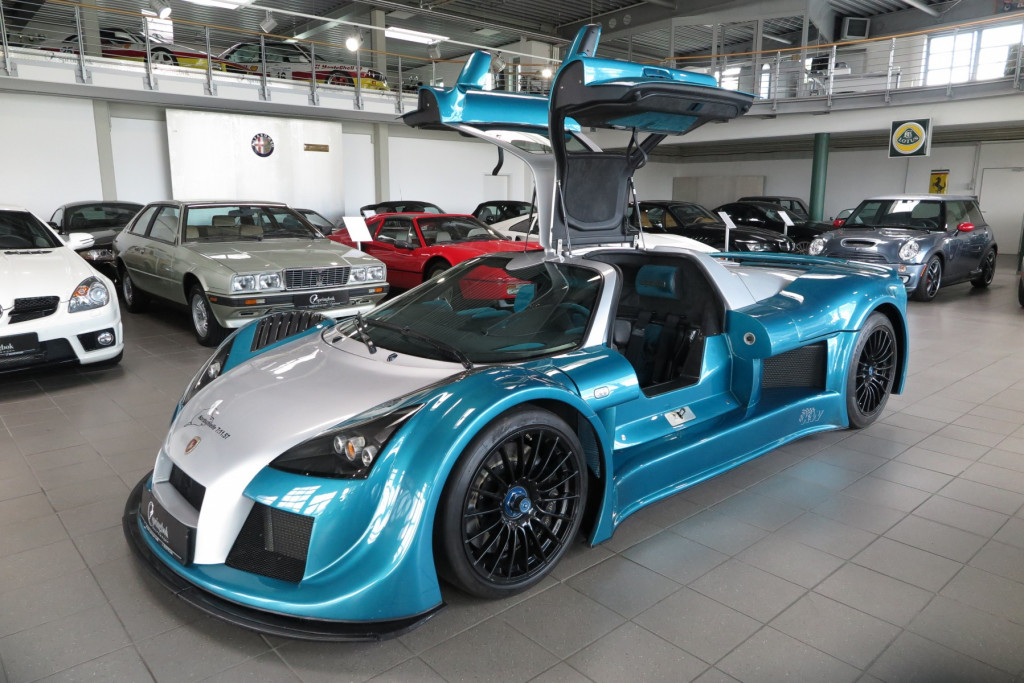 The Gumpert Apollo that set a Nürburgring record time is now for sale
