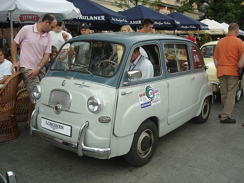 Image: original Fiat 600 Multipla, produced 1956-65, from ...