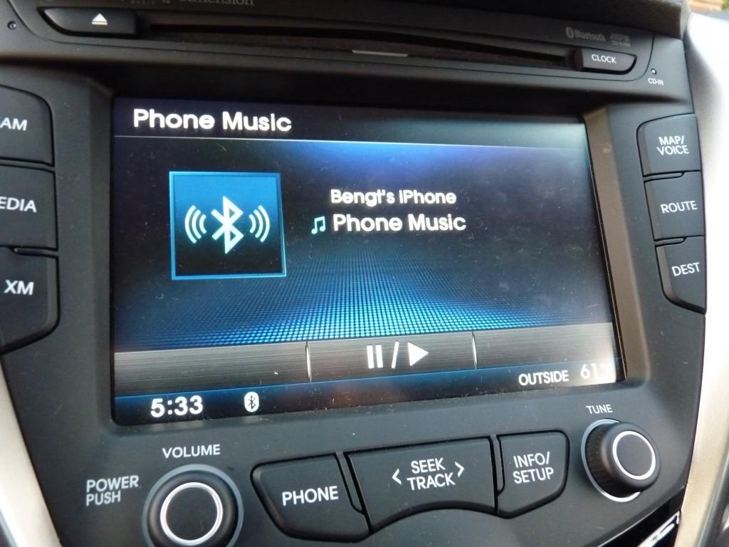 Pandora playing over Bluetooth audio  -  in 2012 Hyundai Veloster