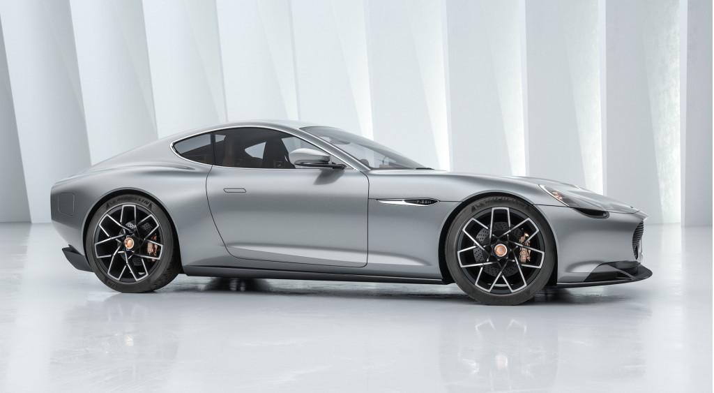 Mercedes-AMG GT R Roadster, Tesla Model Y, Piech Mark Zero: Car News Headlines