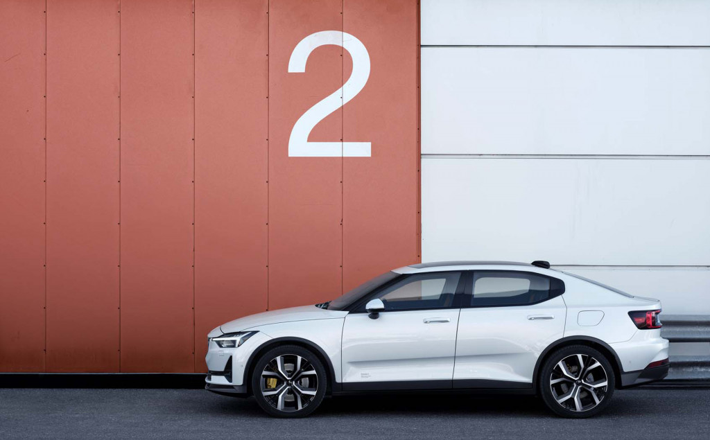 Polestar 2 and Volvo XC40 Recharge: Two electric vehicles, different and the same
