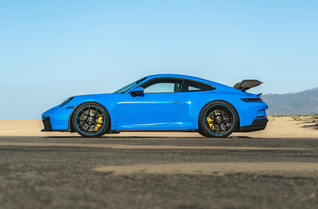2022 Porsche 911 costs $2,000 more, starts at $102,550