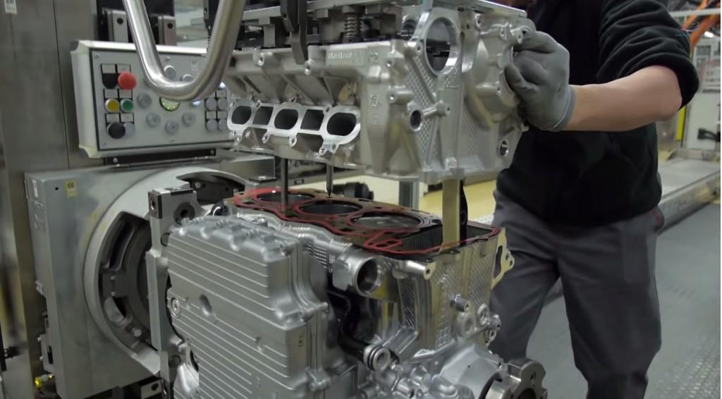 Porsche 911 engine assembly line in Zuffenhausen