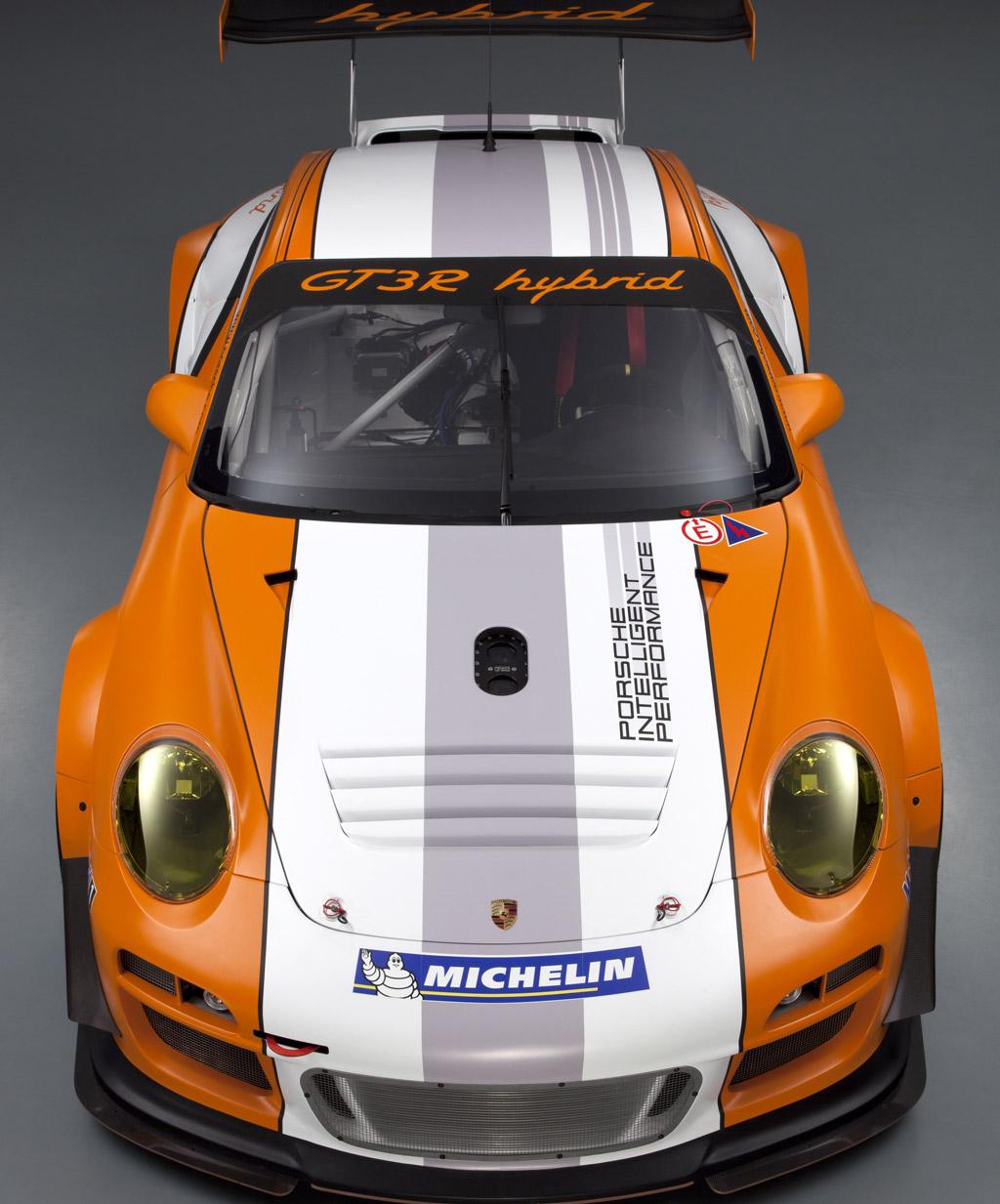 Porsche Launches Version 2 0 Of Amazing 911 Gt3 R Hybrid Racer