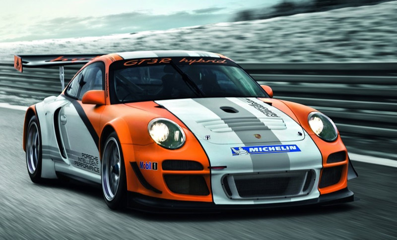 Tuning Porsche's 911 GT3 R Hybrid Race Car: It's All Software