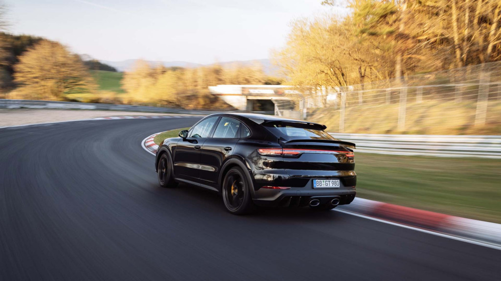 High-performance prototype Porsche Cayenne Coupé