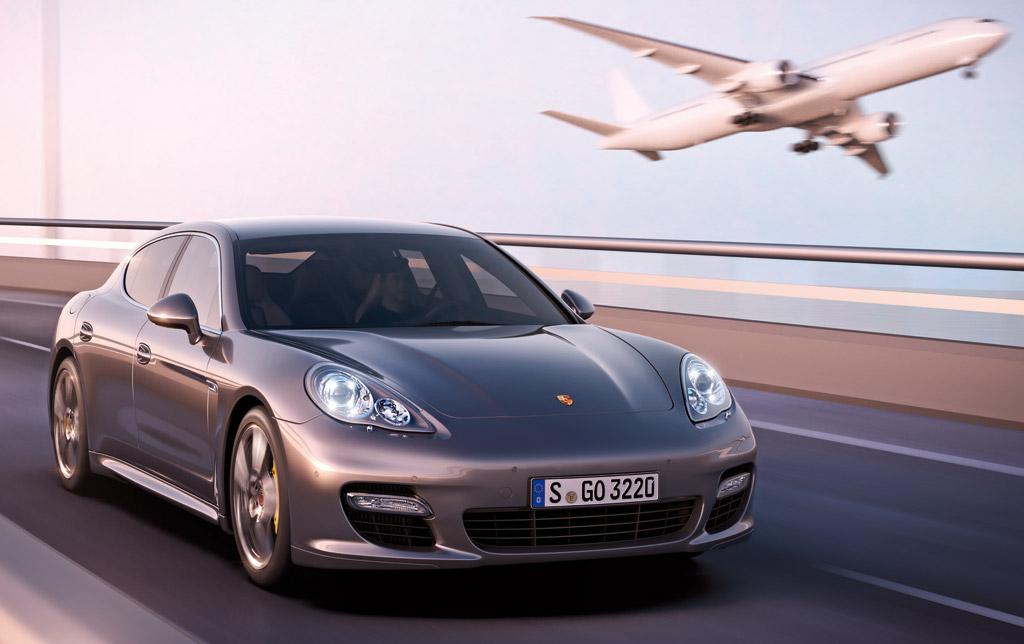 2012 Porsche Panamera Turbo S Preview