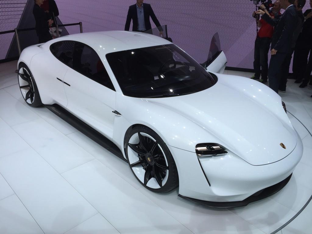 2018 Porsche Mission E 600 Hp Electric Sport Sedan Concept Targets Tesla