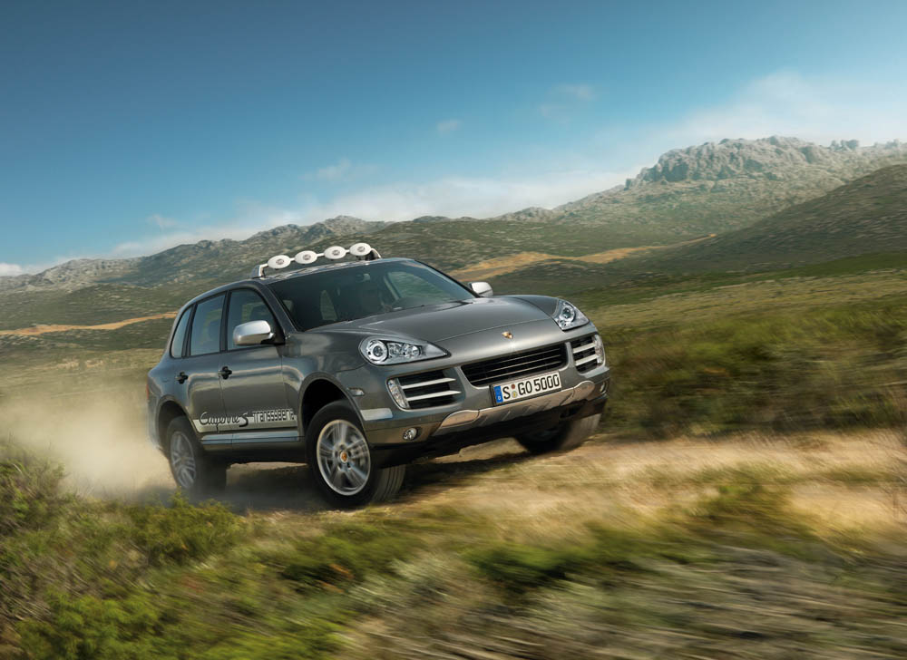 2010 Porsche Cayenne Heads for Transsyberia