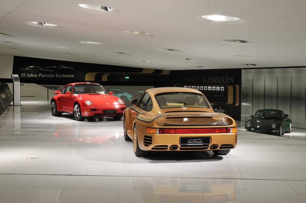 Porsche museum showcases pair of custom 959s designed for Arab sheikh