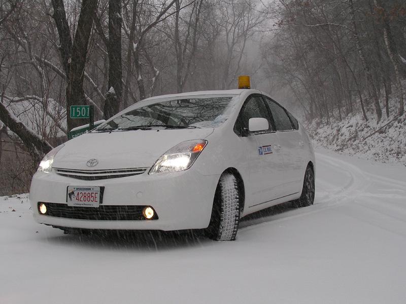Snow + Prius = ??? - YouTube