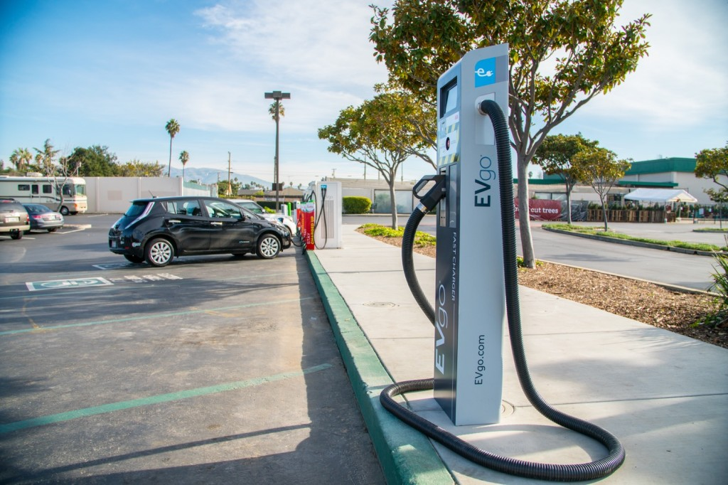Prototype EVgo 350-kw fast-charging station Fremont, CA
