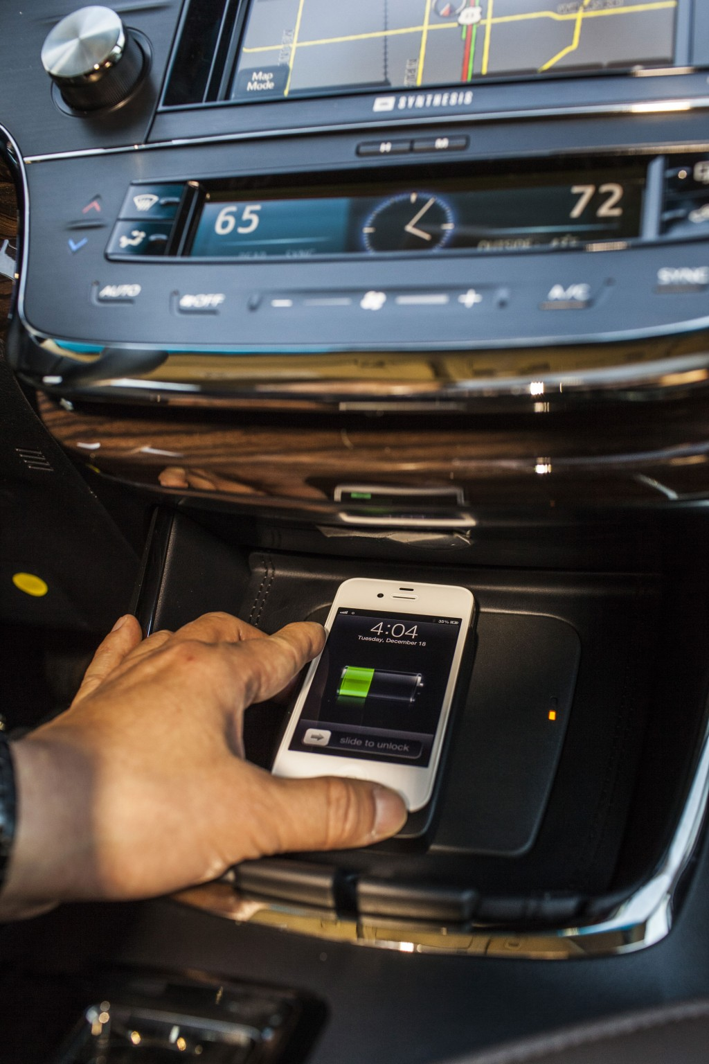Qi wireless charging  -  in 2013 Toyota Avalon Limited