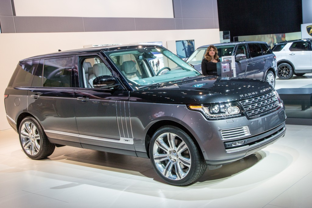 Land Rover Launches New Range Rover SVAutobiography Flagship: Live ...