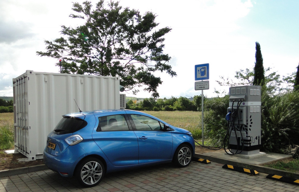 Renault Connected Energy charging station powered by second-life batteries