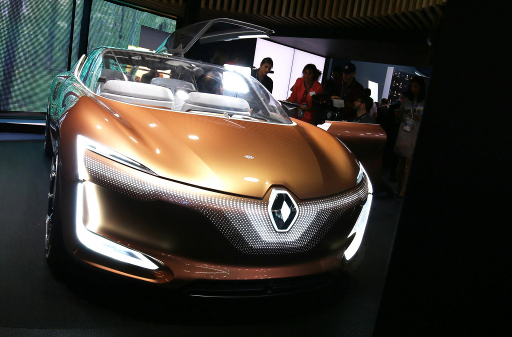 Renault Symbioz Concept Shows How Home And Car Become One