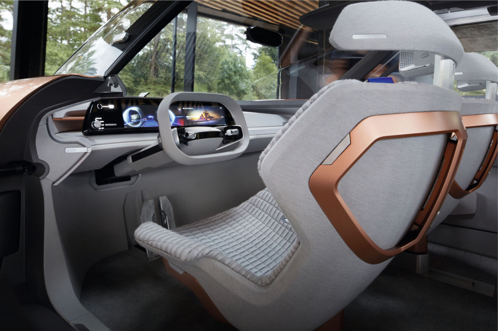 Renault Symbioz self-driving car concept