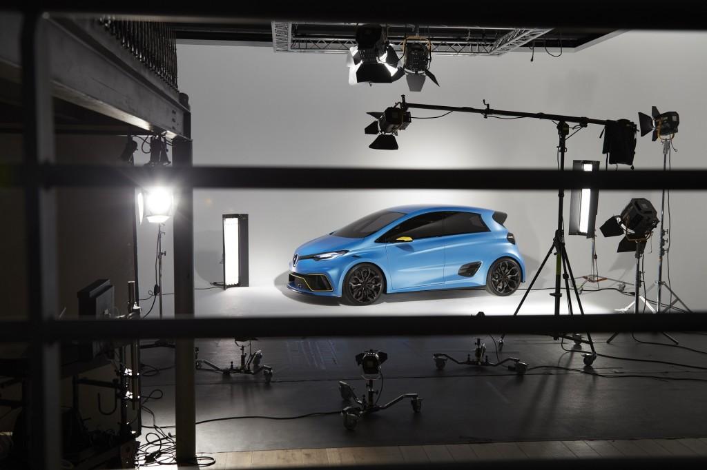 Renault Zoe e-Sport Concept, unveiled at 2017 Geneva auto show  [photo: Anthony Bernier]