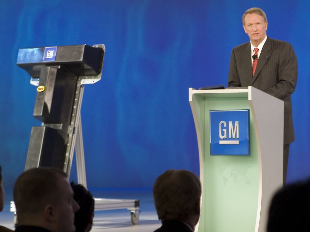 Rick Wagoner Announces GM Battery Production