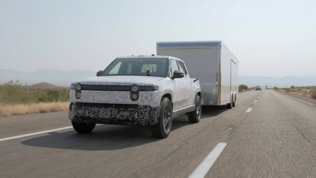 Rivian R1T - hot-weather towing test