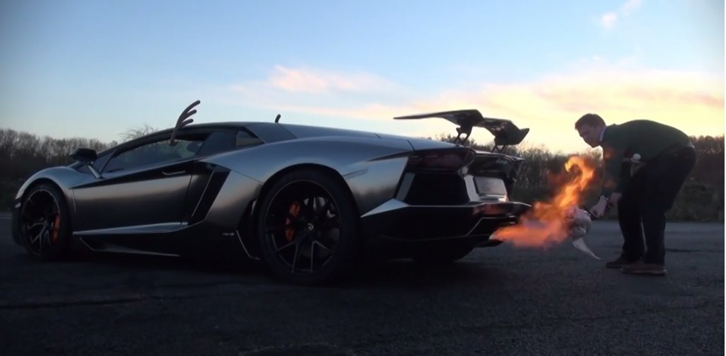 Roasting a turkey with the Lamborghini Aventador
