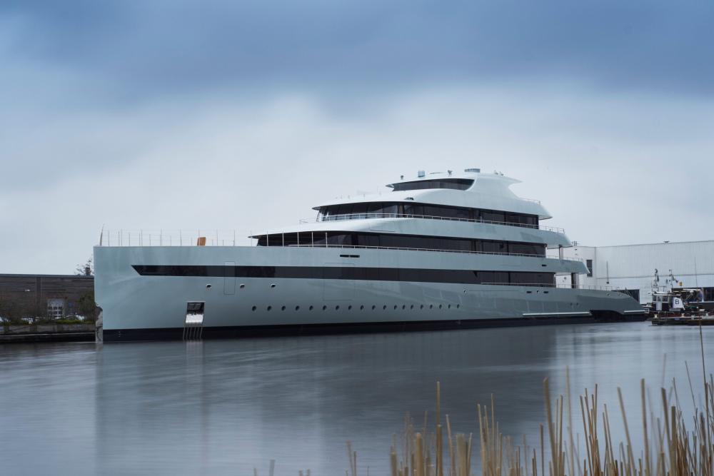 Zillion-Dollar Super-Luxury 270-Foot Mega-Yachts Now Run Hybrid Too