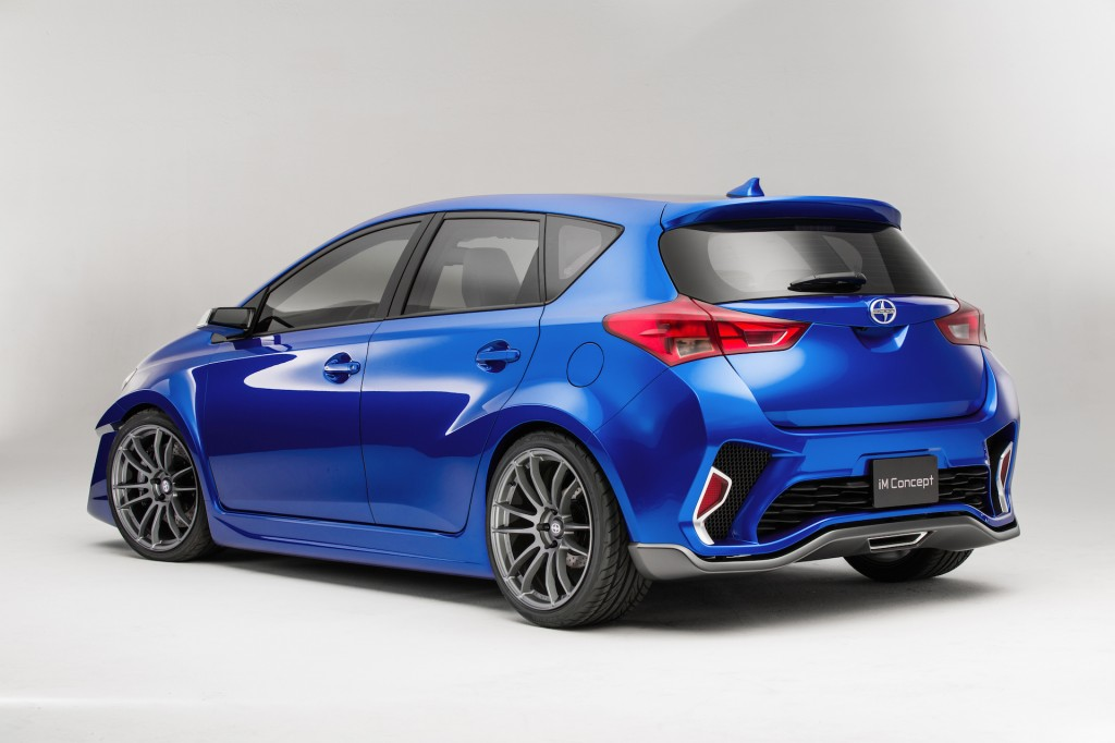 Toyota Corolla Gas Mileage >> Scion iM Concept Previews New Compact Five-Door Hatchback