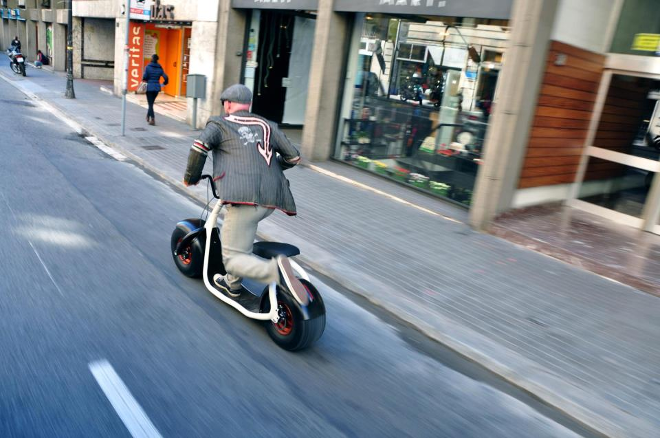 "Scrooser Electric Scooter: ""A Harley-Davidson For The ..."
