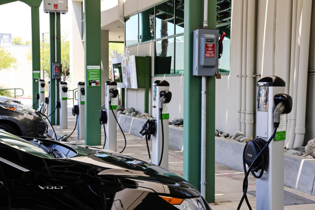 Southern California Edison Charge Ready electric-car charging program