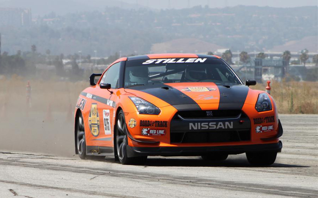 Stillen Rolls Out Hp Nissan Gt R Targa Race Car