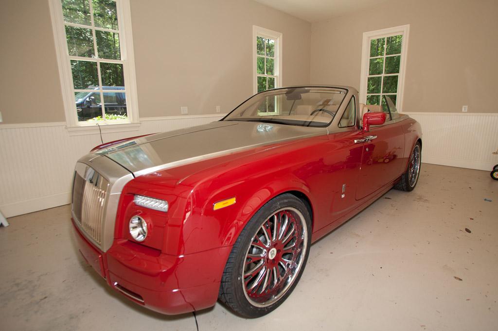 Video Rapper T Pain Shows Off Custom Rolls Royce Phantom